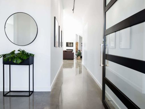 Sydney Contemporary Home Entry with Polished Concrete